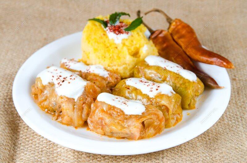 Sarmale - Món bắp cải cuộn với hình thức đẹp mắt