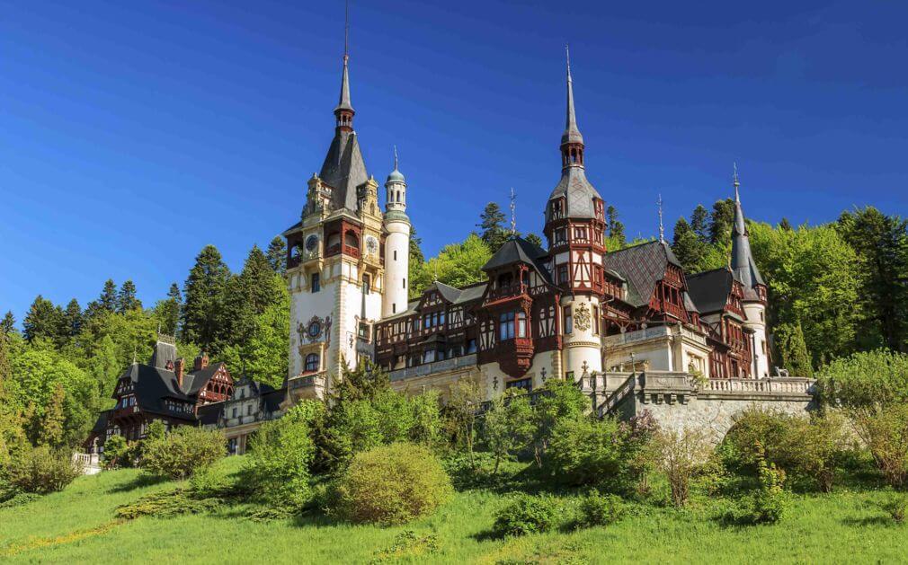 Romania là quốc gia nằm ở Đông Nam châu Âu