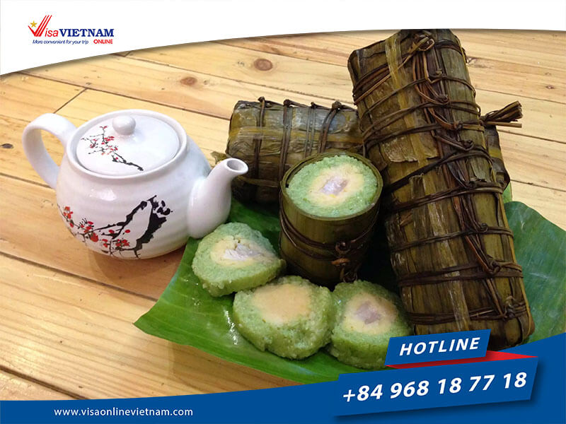 What are Vietnamese traditional food in Vietnam Lunar New Year?